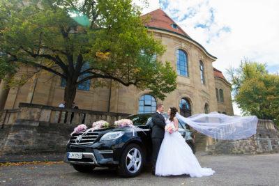 Hochzeit-Friedenskirche-Ludwigsburg-Hochzeitsauto-fliegender-langer-Schler-Sergej-Metzger-Video-Hannover