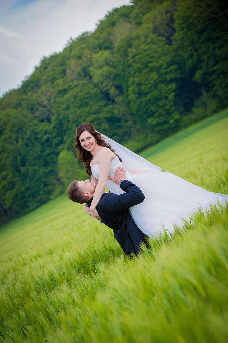 Hochzeit-Gräflicher-Park-Bad-Driburg-im-Feld-pure-Freude-Sergej-Metzger-Hochzeitsvideo-Hildesheim