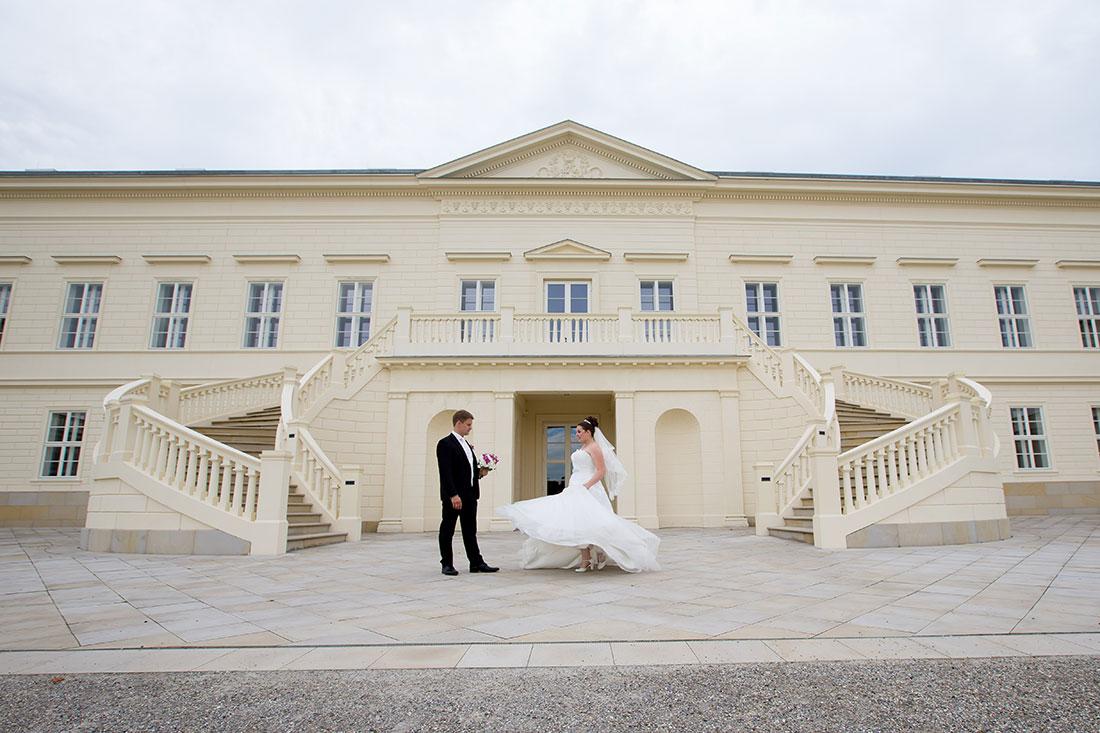 Hochzeit-Hannover-Herrenhäuser-Großer-Garten-Schloss-Herrenhausen-Sergej-Metzger-Hochzeitsvideo-Fotograf-Hannover