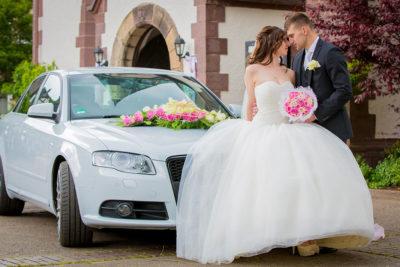 Hochzeit-Lutherkirche-Holzminden-Sinnlich-Hochzeitsauto-Sergej-Metzger-Hochzeitsvideo-Hildesheim