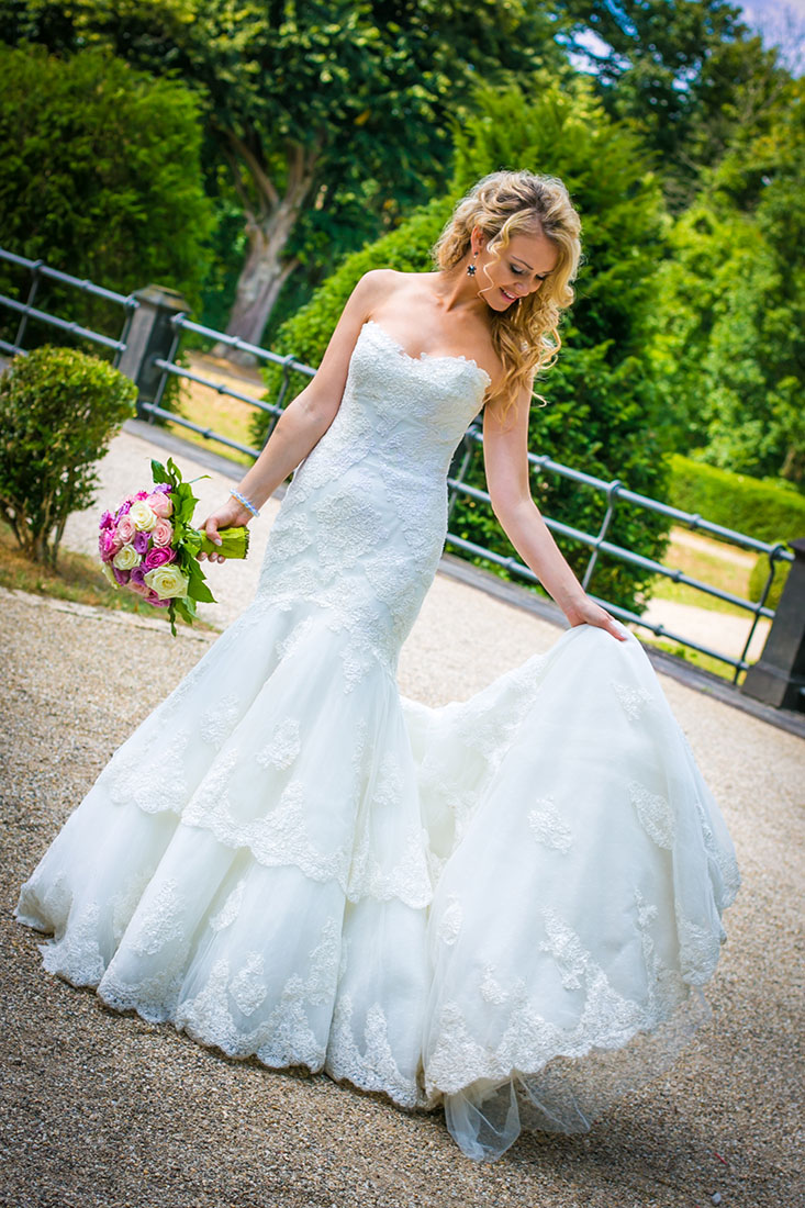 Hochzeit-Mainz-after-wedding-Braut-schleppe-Schloss-Waldthausen-Sergej-Metzger-Hochzeitsvideo-Hannover