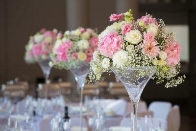 Hochzeit-Mathildenhöhe-Orangerie-Darmstadt-Dekoration-Blumengesteck-Floristik-Sergej-Metzger-Hochzeitsvideo-in-Hannover-Fotograf-Hochzeit-Hildesheim