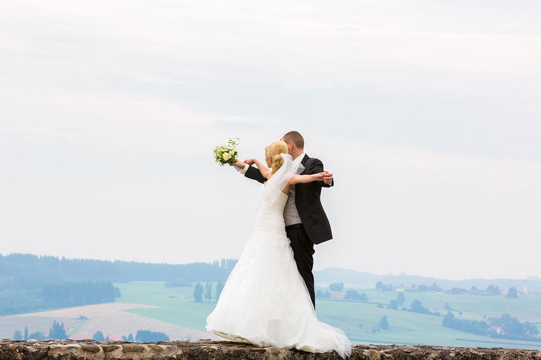 Hochzeit-Residenz-Kempten-best-of-Zukunft-Titanik-romantisch-Liebe-Sergej-Metzger-Hochzeitsvideo-Hannover-Hildesheim