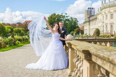 Hochzeit-Schloss-Garten-Ludwigsburg-lang-Schleier-Sergej-Metzger-Hochzeitsvideo-Hannover-Foto-Hildesheim