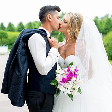 Hochzeit in Mannheim Schwetzinger Schloß Mittelbau Paarshooting Fotograf Hildesheim Sergej Metzger Hochzeitsvideo Natalja Frei