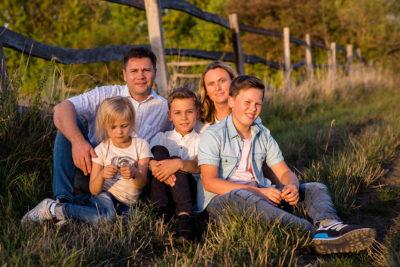 Familienfotograf-Hildesheim-Natalja-Frei-Sergej-Metzger-Familie-Fotograf-Familienbilder-(12)