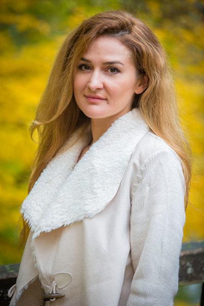 Portrait-Fotograf-Sarstedt-Einzel-Shooting-Laatzen-Sergej-Metzger-Natalja-Frei-(5)
