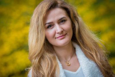 Portrait-Fotograf-Sarstedt-Einzel-Shooting-Laatzen-Sergej-Metzger-Natalja-Frei-(8)