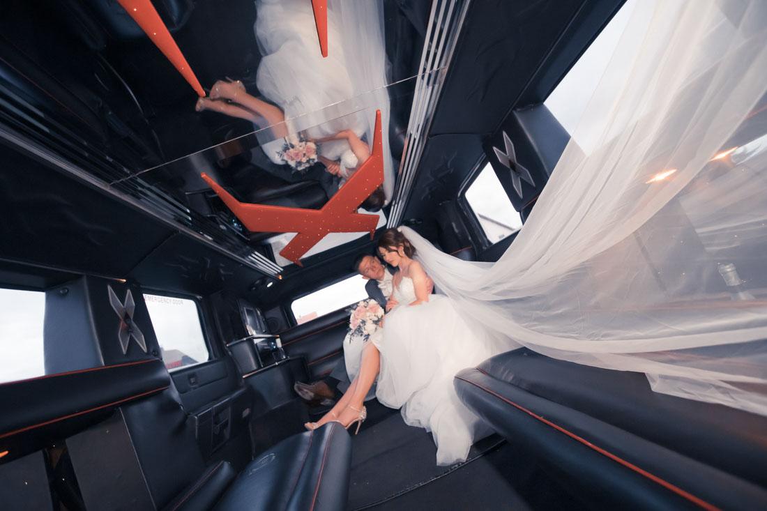 Hochzeit in Herford Aawiesenpark Herford Hochzeitsfotografin Natalja Frei Hochzeitsvideograf Sergej Metzger Limousine Hammer (1)