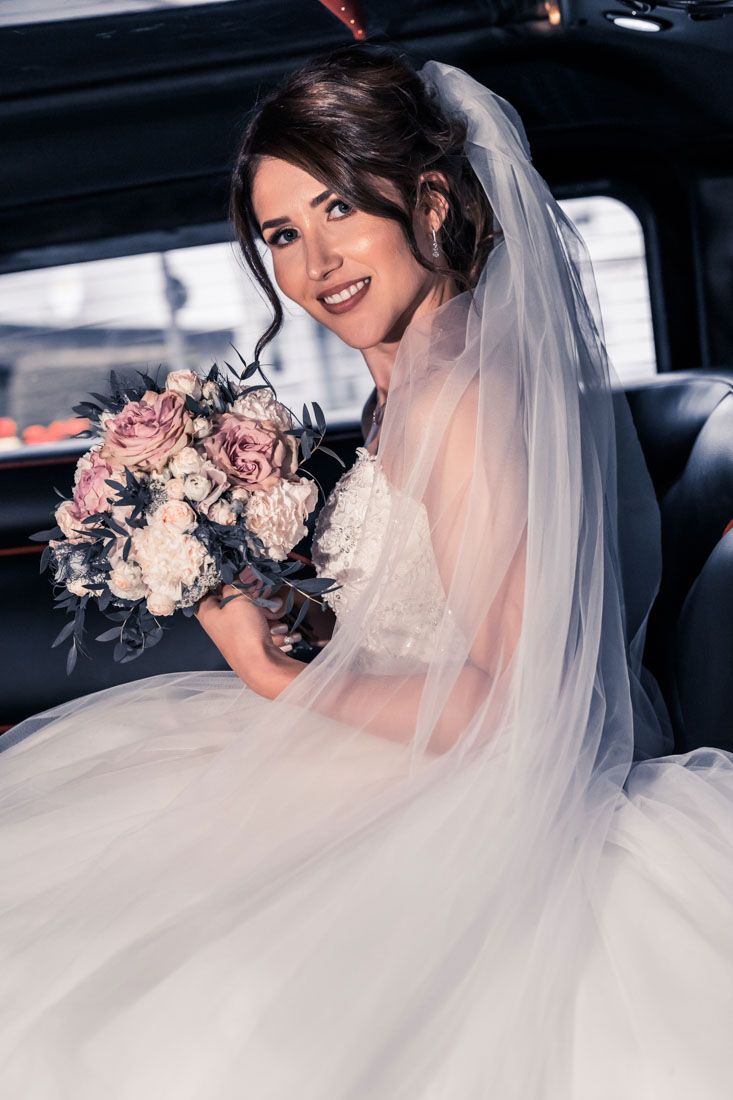 Hochzeit in Herford Aawiesenpark Herford Hochzeitsfotografin Natalja Frei Hochzeitsvideograf Sergej Metzger Limousine Hammer (2)