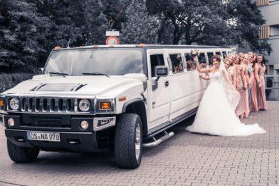 Hochzeit in Herford Aawiesenpark Herford Hochzeitsfotografin Natalja Frei Hochzeitsvideograf Sergej Metzger Limousine Hammer Brautjungfern