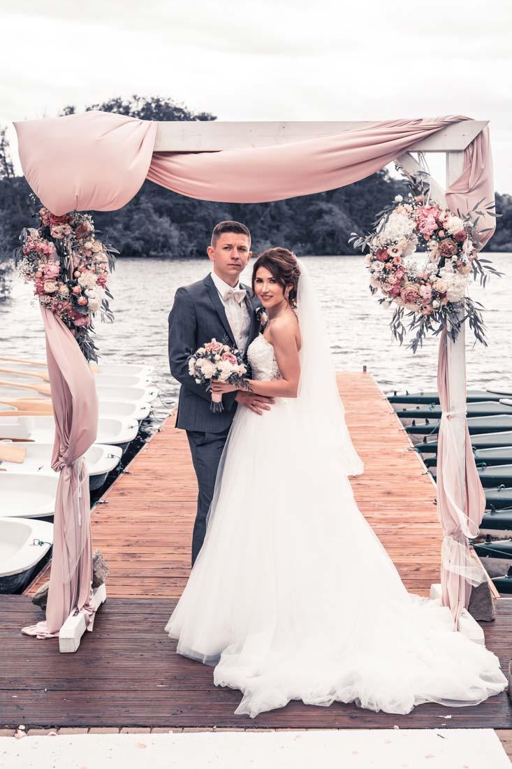 Hochzeit in Herford Freie Trauung Moor Ranch Hücker Moor See Spenge Hochzeitsfotografin Natalja Frei Hochzeitsvideograf Hannover Sergej Metzge ( (21)