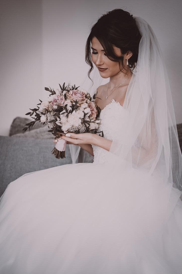 Hochzeit in Herford Moor Ranch Getting Ready Brautjungfern Morgen der Braut Hochzeitsfotografin Natalja Frei Hochzeitsvideograf Hannover Sergej (10)