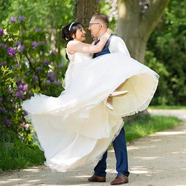 Hochzeit-im-Museum-Huelsmann-Bielefeld-kurpark-Bad-Salzuflen-Elegance-Eventcenter-Herford-Hochzeitsvideograf-Sergej-Metzger-Hildesheim-Hannover-Sibbesse